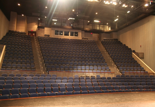 Rauh Theater